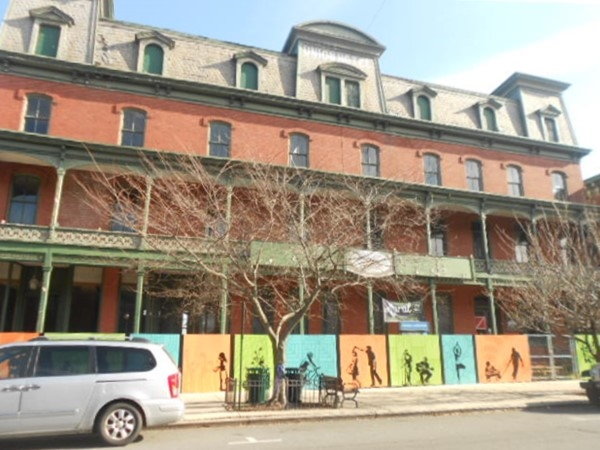 Historic Union Hotel in Flemington