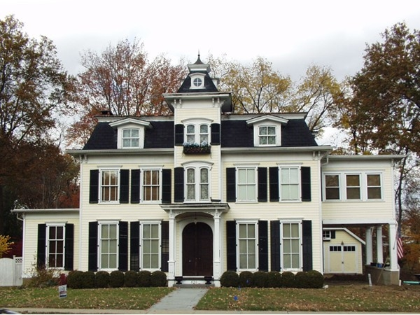 Historic home across from library in Hillsdale