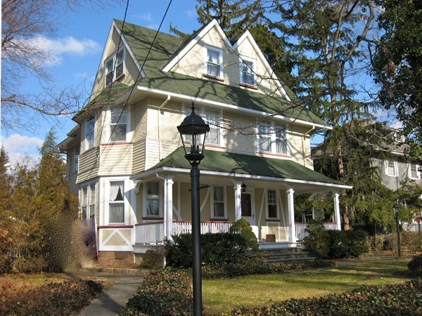 A beautiful home in Nutley, NJ, a bedroom community located 14 miles from midtown Manhattan