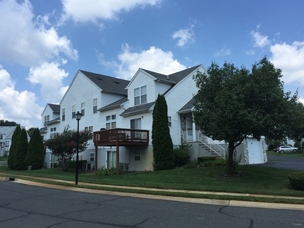 Allaire Country Club Estates offers nice amenities