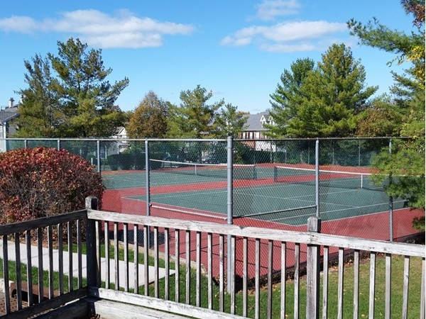Beacon Hill tennis court