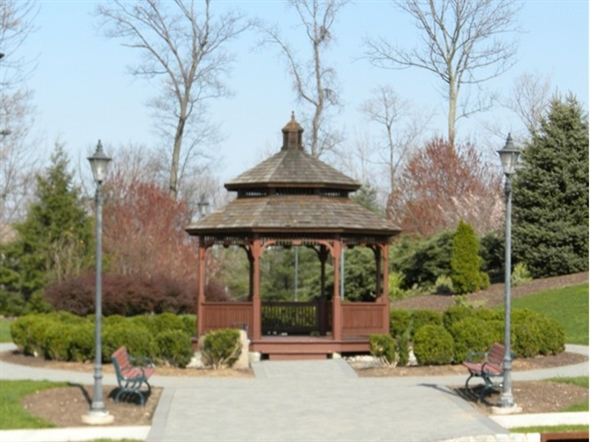 Gazebo and walking paths at Highlands Village Shopping Center at the top of the Hills