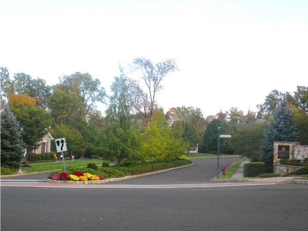 Entrance to Beacon Crest development of luxury homes, located in The Hills of Basking Ridge