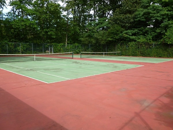 Two Tennis Courts are available to play at the Ridge Gardens Condos in Mahwah