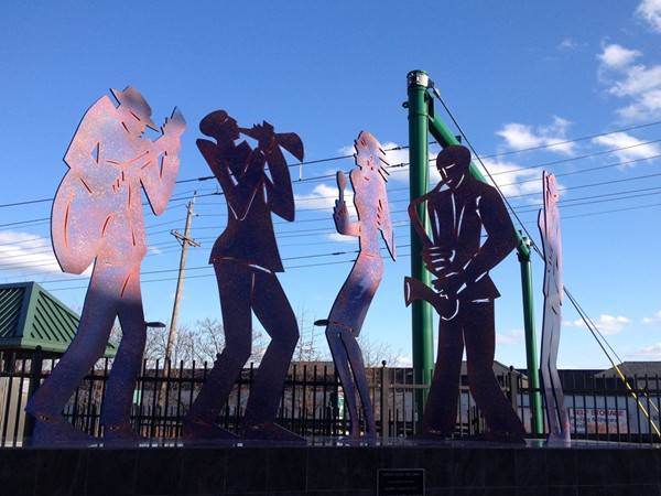 """Jazzing Down The Line"" by Valarie J. Maynard, greets  Newark lightrail commuters"