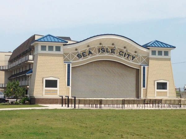 Amphitheater in the heart of Sea Isle City