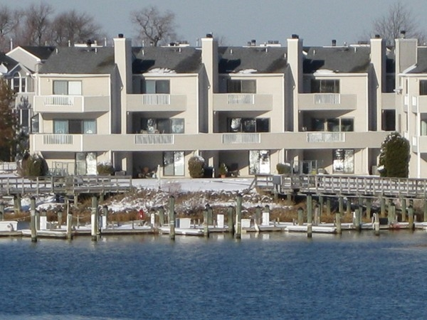 Long Branch offers riverfront condos, ideal for boaters