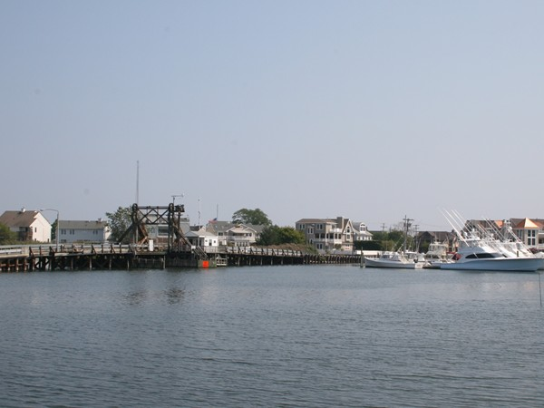 Historic Steel Bridge over the Glimmer Glass connects Brielle to Manasquan