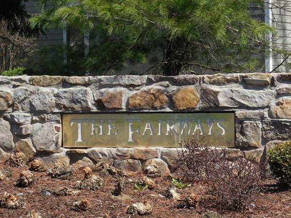 Living at The Fairways in Bridgewater offers residents many activities such as golf and tennis