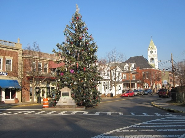 Bordentown is ramping up for the holidy season. This town really comes to life this time of year!