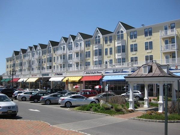 After a day at the beach, enjoy dining and shopping in Pier Village