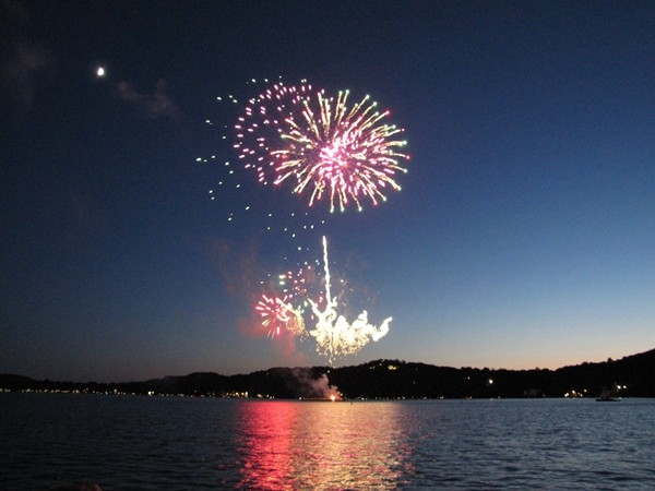Beautiful 4th of July fireworks on Lake Mohawk