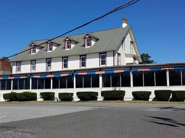 The Captain's Inn, opposite the water, is a long time favorite local restaurant