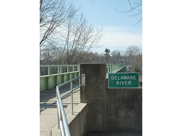 Walking bridge to Pennsylvania