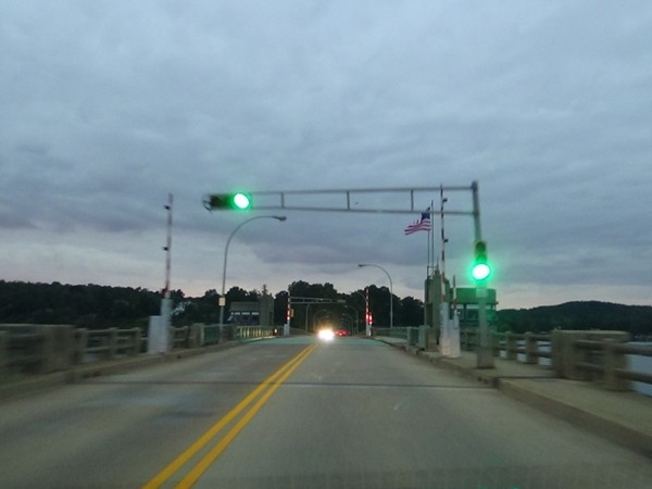 Crossing over the Oceanic Bridge connecting Rumson and Middletown