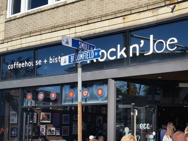 My favorite Caldwell coffee house had a band rockin' at Rock n' Joe Cafe during the street fair