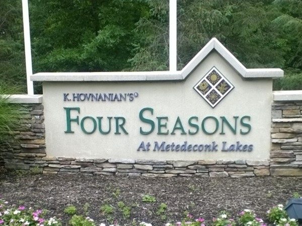 Come home to Four Seasons At Metedeconk Lakes