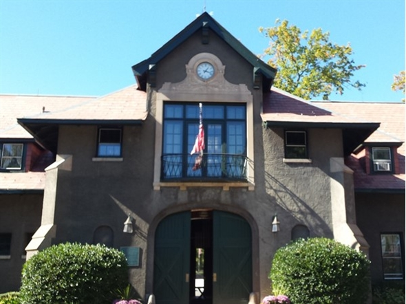 The United States Equestrian Foundation houses the headquarters for the US Olympic teams