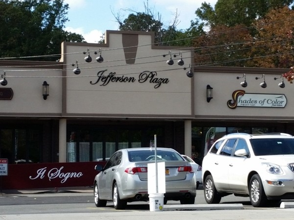 Jefferson Plaza in Annandale town