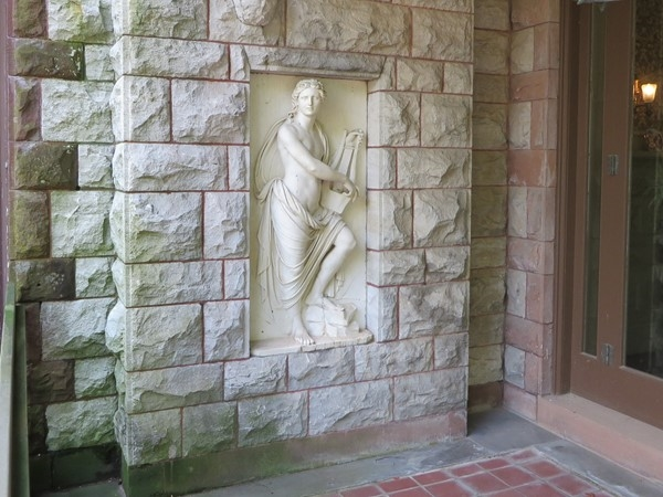 Art in the walls of the Sonnenberg Mansion
