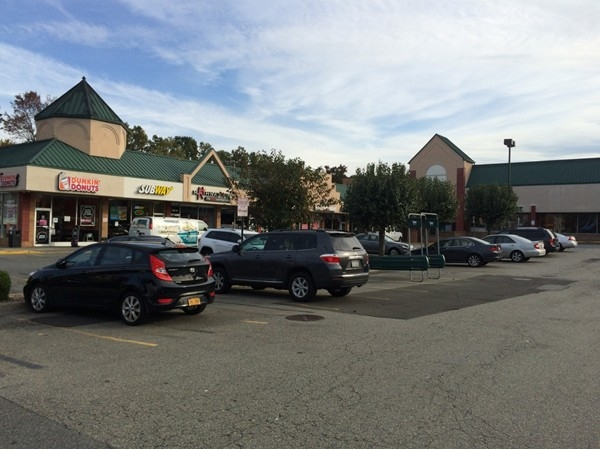 Pleasant Plains is a hop skip from Prince's Bay. Plenty of local stores