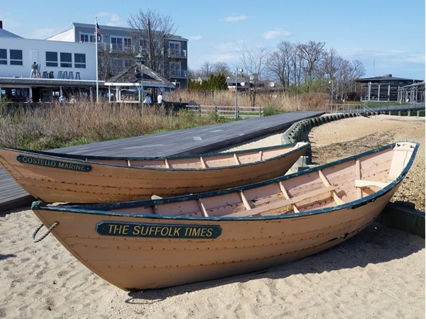Anchor your boat at Greenport