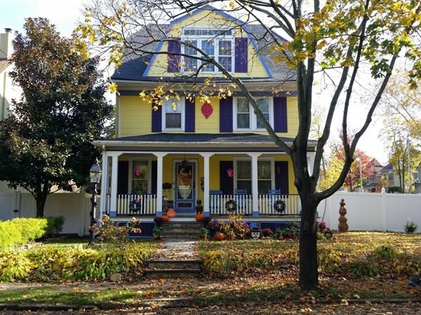 Distinctive home in Tottenville area