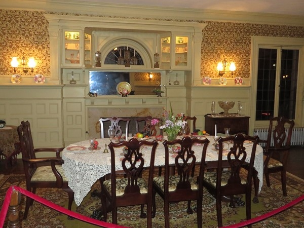 Grand dining room at the Sonnenberg Mansion
