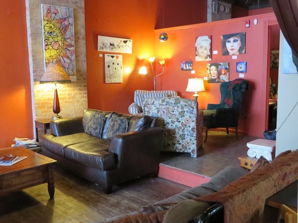 Popular coffee shop in the South Wedge provides an atmosphere for meeting friends or relaxing