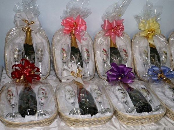 Give a present to your friends or yourself from Pugliese Vineyards