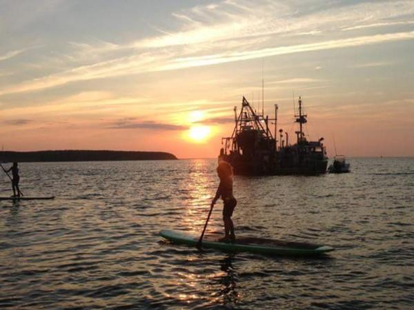 Sunset paddling