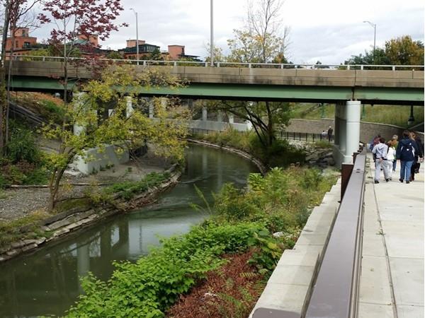 Onondaga Creek walk approaching Franklin Square