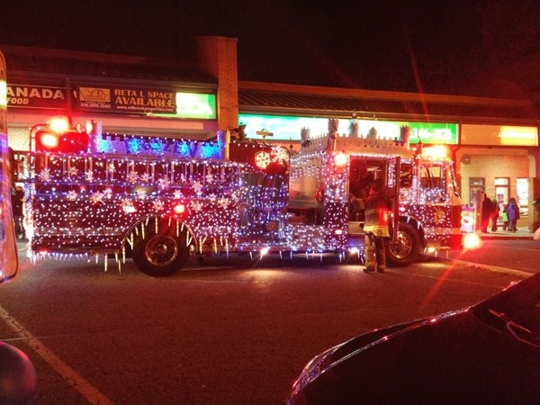 Lake Ronkonkoma Parade of Lights is quite a sight