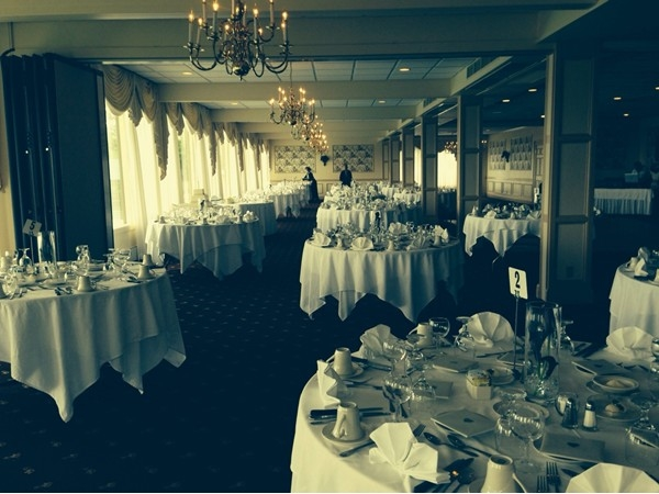 Niagara Falls Country Club, a beautiful backdrop for a wedding reception