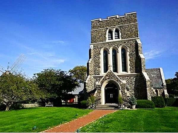 St. James Episcopal Church of East Hampton Village