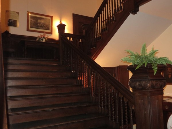 Grand staircase in the Sonnenberg Mansion