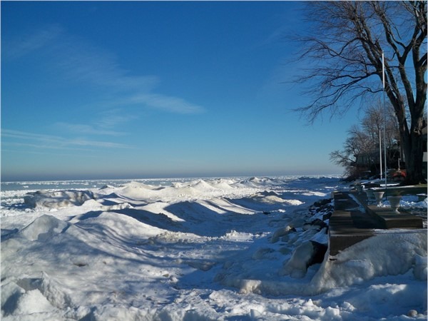 Lake Ontario in the winter from Shipbuilders Creek in Webster