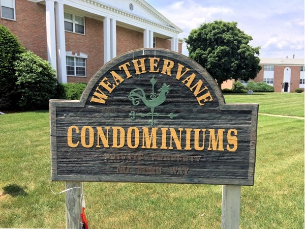 Welcome to Weathvane Condominiums in Washingtonville