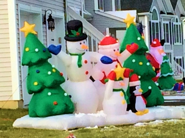 Holiday decorations in Briarcliff Estates