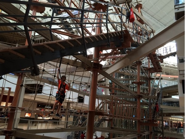 Kids climbing in the Palisades Mall
