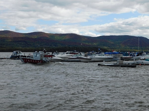 Windy day at Newburgh waterfront, all boats are in dock