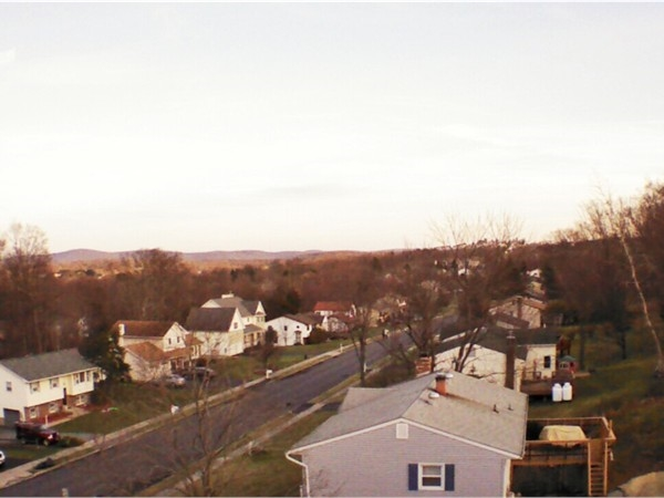 Arial shot of Maple Knolls