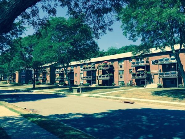 Rolling Hills condominium units in Monroe