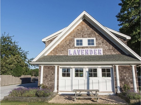 Lavender by the Bay, Farmhouse