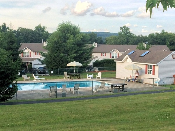 Community pool at Pine Ridge in Monroe