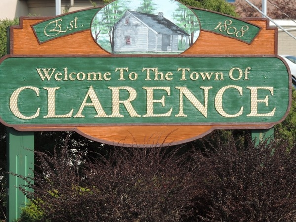 Clarence: Historical and hospitable since 1808.......waiting for you!