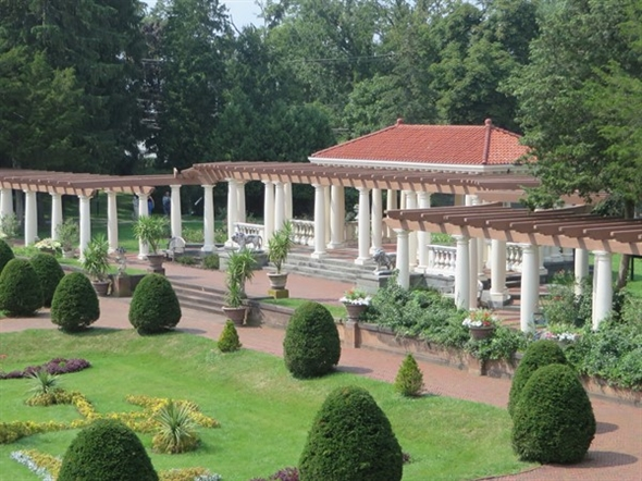 Formal gardens at Sonnenberg Gardens and Mansion