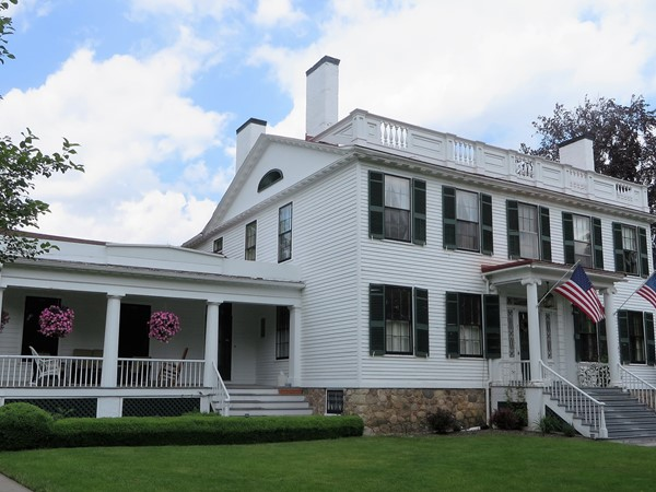 Historic Colonial with four chimneys