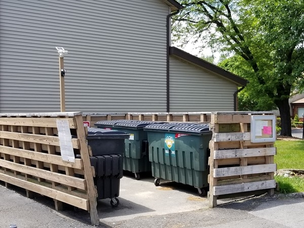 Garbage and recycling for Plum Point Condominium residents only