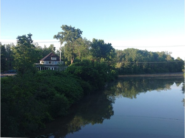 Where the Erie Barge Canal and Tonawanda Creek meet - Welcome to Ship and Shore Restaurant.